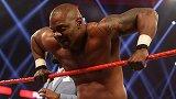 RAW第1450期:单打赛 伍兹VS本杰明