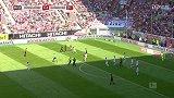 第30分钟汉诺威96球员普里布射门