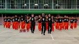 国外囚犯组团跳迈克尔杰克逊舞蹈,网友:小丑在殿堂天才在牢房