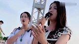 美女歌手一首《万爱千恩》让人陶醉的深情节奏,怎么听都不够!