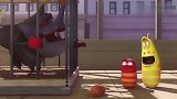 爆笑虫子:臭屁虫陷入困境,小红和小黄对待区别太大