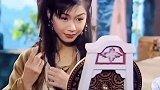 张慧仪感动香港的第一位女艺人,领养个有心脏病的小孩,俩人相依