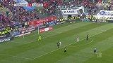 第78分钟汉诺威96球员尼古拉·穆勒进球 杜塞尔多夫2-1汉诺威96