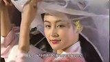 52岁陈红也变老发福,穿印花裙搭宝石难掩土气,越长越像倪萍