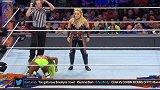 WWE-17年-2017夏季狂潮大赛:SD女子冠军赛娜欧米VS娜塔莉亚-全场