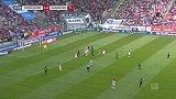 第51分钟汉诺威96球员维丹特射门