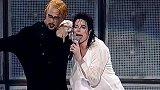 迈克尔杰克逊演唱会,伴舞都身怀绝技,这个舞蹈堪比好莱坞大片!