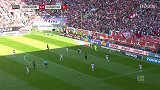 第36分钟汉诺威96球员维丹特射门