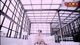 艾梦萌晒06届超女的聚会照 12年谭维维厉娜阳蕾朱江再聚首