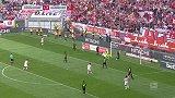 第60分钟杜塞尔多夫球员卡拉曼进球 杜塞尔多夫2-0汉诺威96