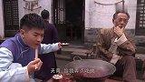 火锅店老板变废为宝,本来要扔的毛肚拿来涮,成为名菜