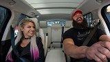WWE众星《拼车卡拉OK》预告:大公主饶舌小魔女开嗓