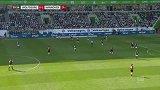 第32分钟沃尔夫斯堡球员斯特芬进球 沃尔夫斯堡1-1汉诺威96