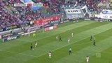 第55分钟汉诺威96球员马尼亚射门