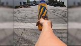 车友们是怎么玩瓶盖挑战的!