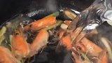 海鲜粥家庭版做法来了,看着秀色可餐,入口回味无穷