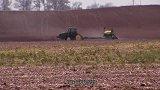 意大利发明新型松土机,比人工快3倍!