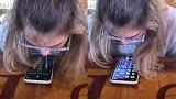神操作!女孩在餐厅用唾沫成功解锁男友手机