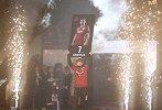 """再见""""葫芦娃""""!比利亚退役仪式被抛起 西班牙黄金一代谢幕"""