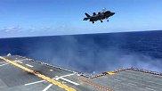 搞笑奇趣-实拍:喷气式飞机在航空母舰上起飞降落