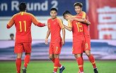 世预赛-杨旭大四喜武磊埃神破门 国足7-0关岛